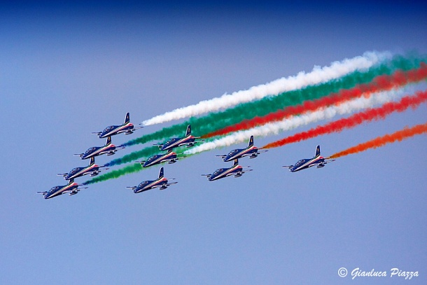 Orgoglio Nazionale - The Pride of the Nation - Der Stolz einer Nation